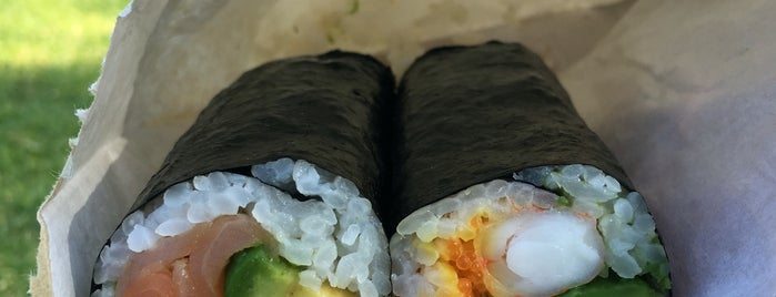 Tokui Sushi is one of T.さんのお気に入りスポット.