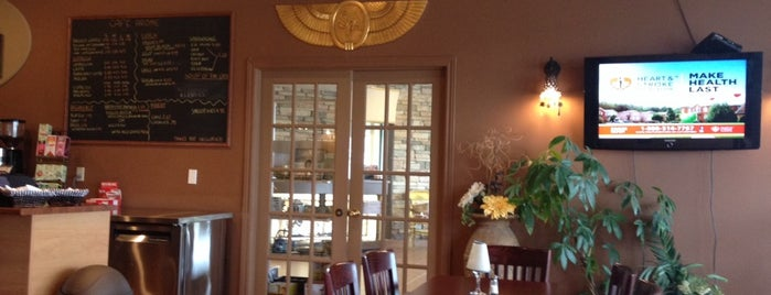 Cafe Arome is one of Patricia Carrier's Liked Places.