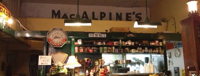 MacAlpine's Diner and Soda Fountain is one of Nicole 님이 저장한 장소.