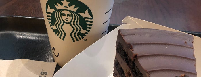 Starbucks Reserve is one of Fidelさんのお気に入りスポット.