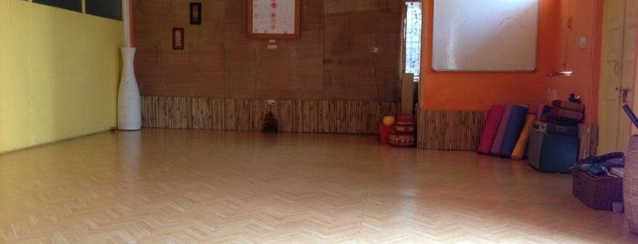 The Atre Yoga Studio is one of Lugares que quero conhecer.