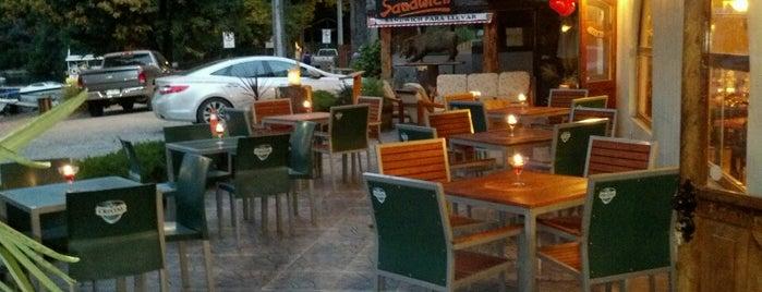 Harris Hotel Restaurant is one of Tempat yang Disukai Sergio.
