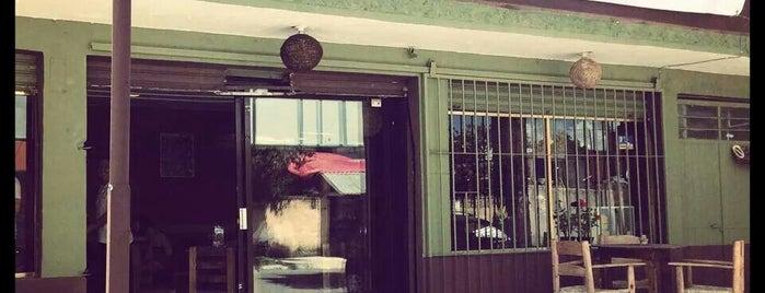 MOMO'S Pizzeria - Creperia Pasta Y Más, ... is one of Lugares guardados de Dalith.