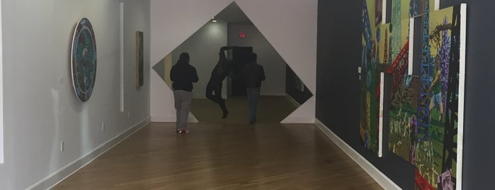 Fernando Luis Alvarez Gallery is one of Stamford.