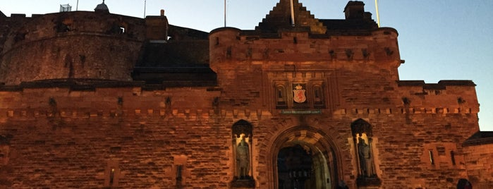 Edinburgh Castle Palace Vaults is one of Paranormal Sights.