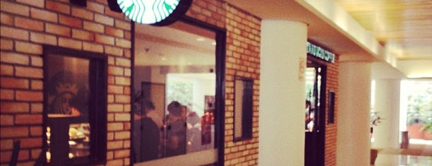 Starbucks is one of Restaurantes Vila Olimpia.