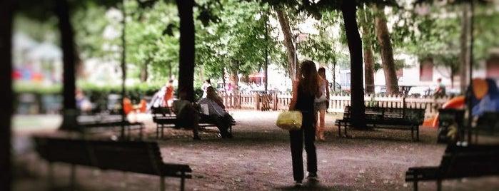 Mood Bar Piazza Bacone is one of Tempat yang Disukai Nami.