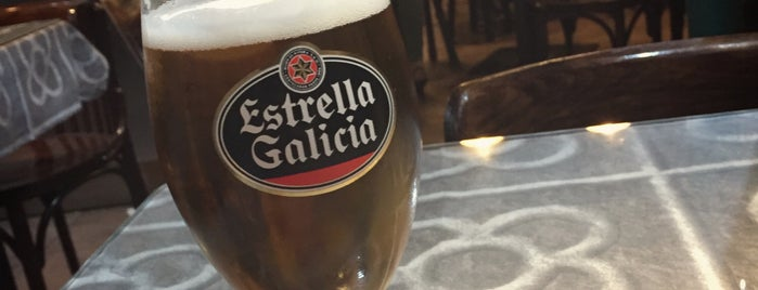 La Coctelera is one of Tapeo en Barcelona.