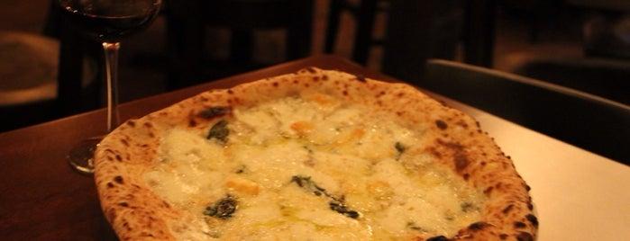 Mio Nonno Wood Fire Pizza is one of Lieux sauvegardés par Kina.