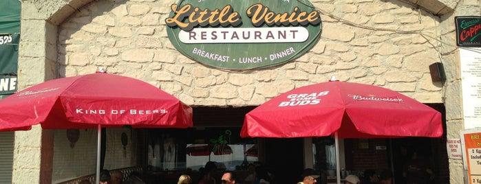 Little Venice Restaurant is one of Lugares guardados de Advocacia Correspondente Cotia.