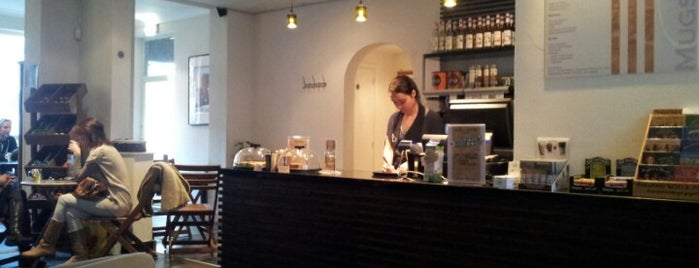 Mugs & Muffins is one of Coffeebars and Tearooms in Tilburg.