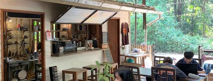 กาแฟร่ำเปิง is one of เชียงใหม่_3_Coffee.