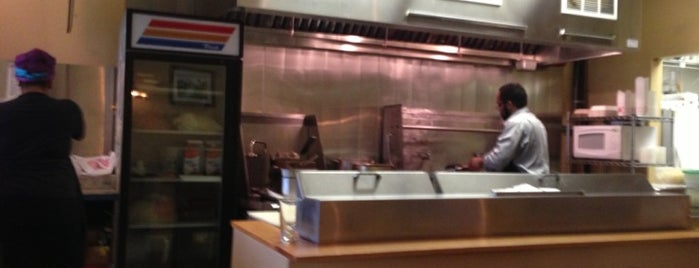 Namfon Thai Cuisine is one of Orte, die Lisa gefallen.