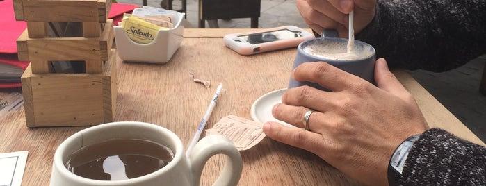 La Ventanita is one of Café / Té / Repostería.
