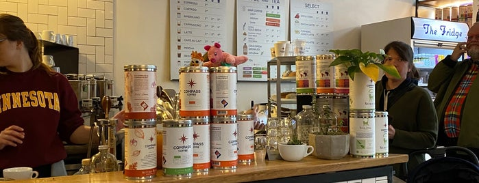 Compass Coffee is one of Chrisさんのお気に入りスポット.