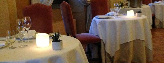 The Cesar,  La Posta Vecchia Hotel is one of สถานที่ที่บันทึกไว้ของ serhan.