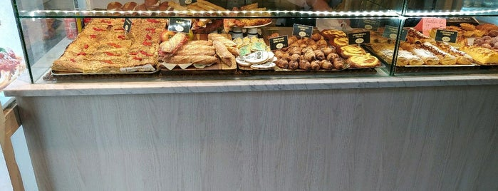 Bread & Coffee is one of Barcelona.