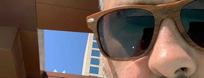 JW Marriott Pool is one of Q 님이 저장한 장소.