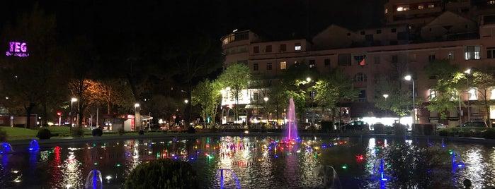 Parku Rinia is one of สถานที่ที่ Erkan ถูกใจ.