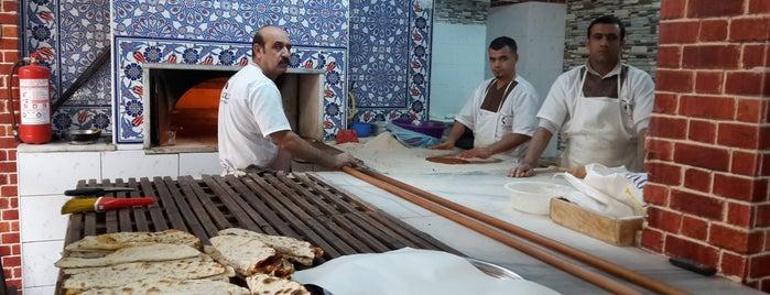 Dostlar pide ve lahmacun fırını is one of İzmir gidilecek.