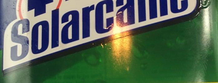 Walgreens is one of Roberto J.C.'ın Beğendiği Mekanlar.