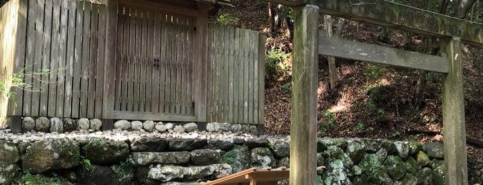 Oyamatsumi Shrine is one of Orte, die ジャック gefallen.