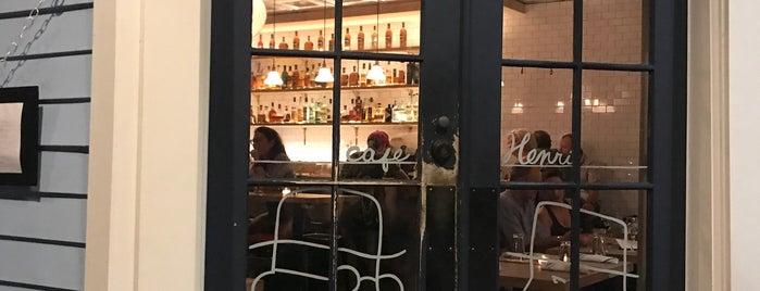 Cafe Henri is one of Posti che sono piaciuti a AKB.