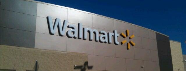 Walmart Supercenter is one of Lugares favoritos de Tre.
