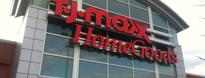 T.J. Maxx is one of Locais curtidos por Zoe.