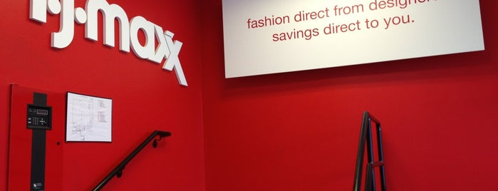 T.J. Maxx is one of Orte, die Ryan gefallen.