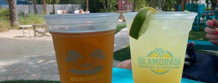 Islamorada Beer Company is one of Posti che sono piaciuti a Dana.