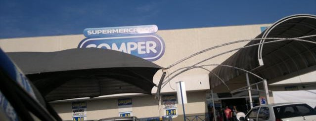 Supermercado Comper is one of Locais curtidos por M.a..