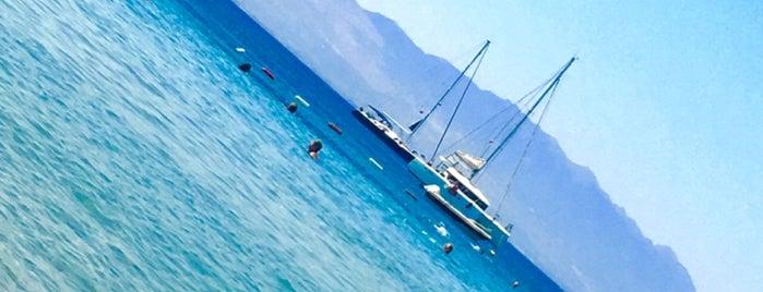İsik Beach is one of Locais curtidos por Selin.