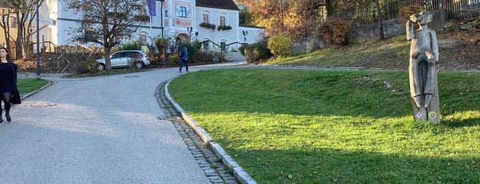 Klosterbrauerei Andechs is one of Essen gehen.