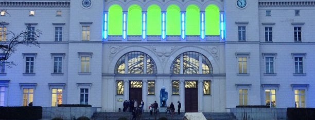 Hamburger Bahnhof – Museum für Gegenwart is one of Let's go to Berlin!.
