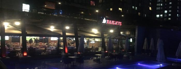 Baileys Cafe is one of Lugares favoritos de Seda.