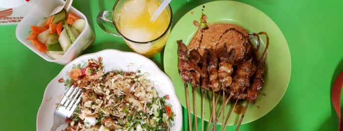 Nasi Lengko & Sate Kambing H. Barno is one of Cirebon Cuisine.