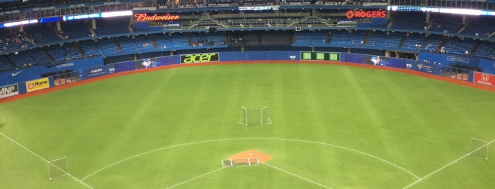 Rogers Centre is one of MLB Stadium Quest.