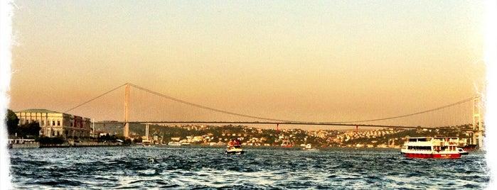 Beşiktaş - Üsküdar Motoru is one of Engin'in Beğendiği Mekanlar.