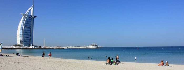 jumeirah Beach is one of Lugares favoritos de Alvaro.