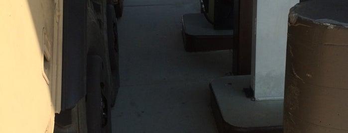 Longstreet Fuel Point is one of Tempat yang Disukai Frankie Galarza.