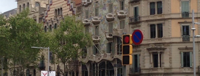Barcelona is one of Barcelona -: Places Worth Going To!.