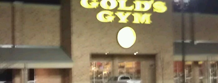 Gold's Gym is one of Jim 님이 좋아한 장소.