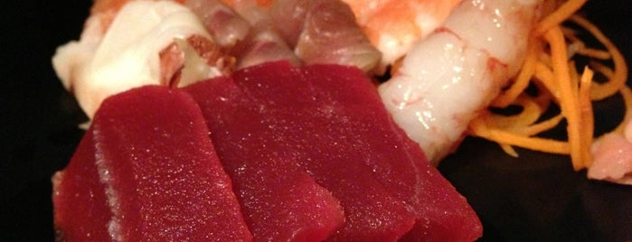 Parco Sushi Sashimi is one of COMER!!.