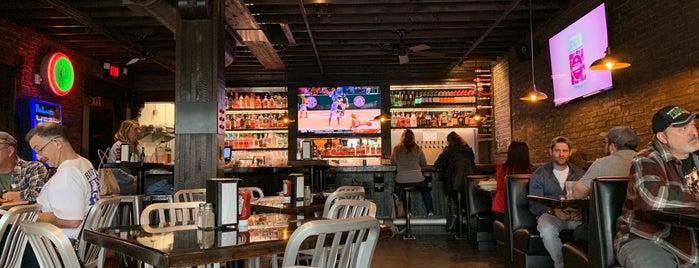 Coles Bar & Grill is one of สถานที่ที่บันทึกไว้ของ Sierra.