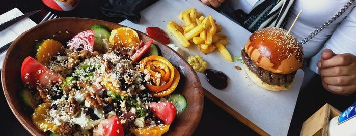 Murat Chef Meat House is one of Lugares favoritos de Zeynep.