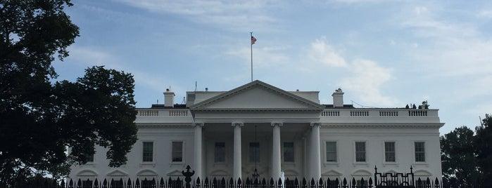 Casa Bianca is one of Posti che sono piaciuti a Evren.