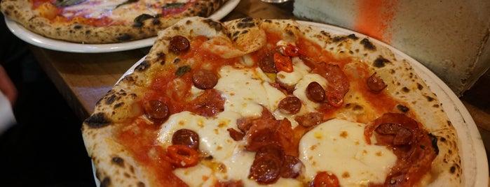 Dante's Pizzeria Napoletana is one of Lieux qui ont plu à Gizem.