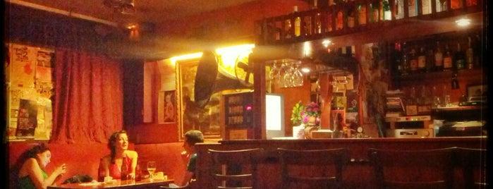 Bar Vinilo is one of Barcelona Moderna.