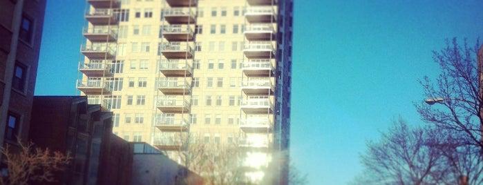 The BreakWater Condominiums is one of Locais curtidos por Stevie.